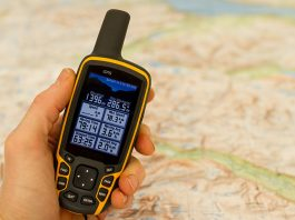 electronic gifts for hikers – GPS