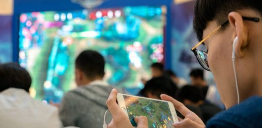 How to quit internet, video game addiction