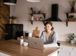 Successful job search tips using social media