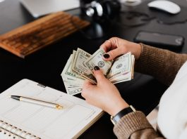 How business can increase cash flows